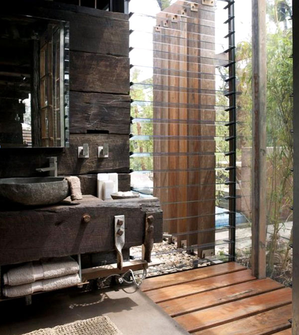 Rustic and industrial bath designs 11 fascinating photos for Rustic modern bathroom ideas