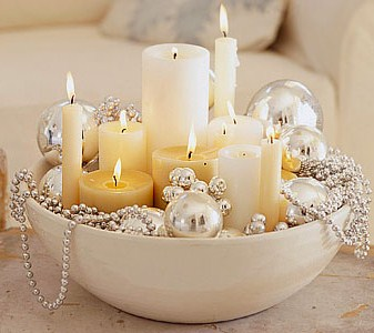 & Petite and Pretty Christmas Decorating Ideas | The Home Touches