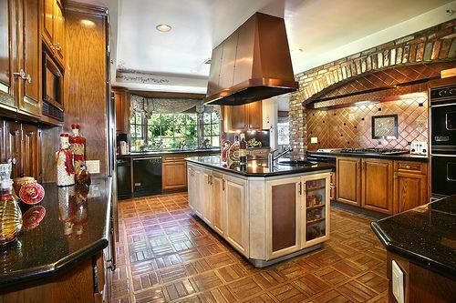 37 dream kitchens the home touches for Dream kitchens