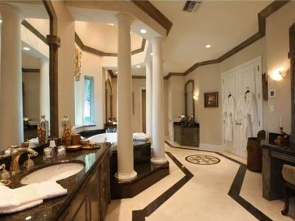 10 luxury bathrooms you wouldn t want to leave the home for Florida bathroom ideas