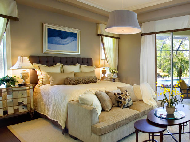 Transitional Bedroom Design Ideas 60 Photos The Home Touches