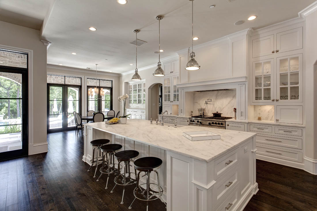 Love this white open kitchen concept the home touches - Open concept kitchen design ...