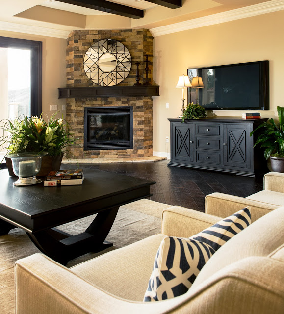 Home Staging Gallery: Home Staging Project (12 Photos)