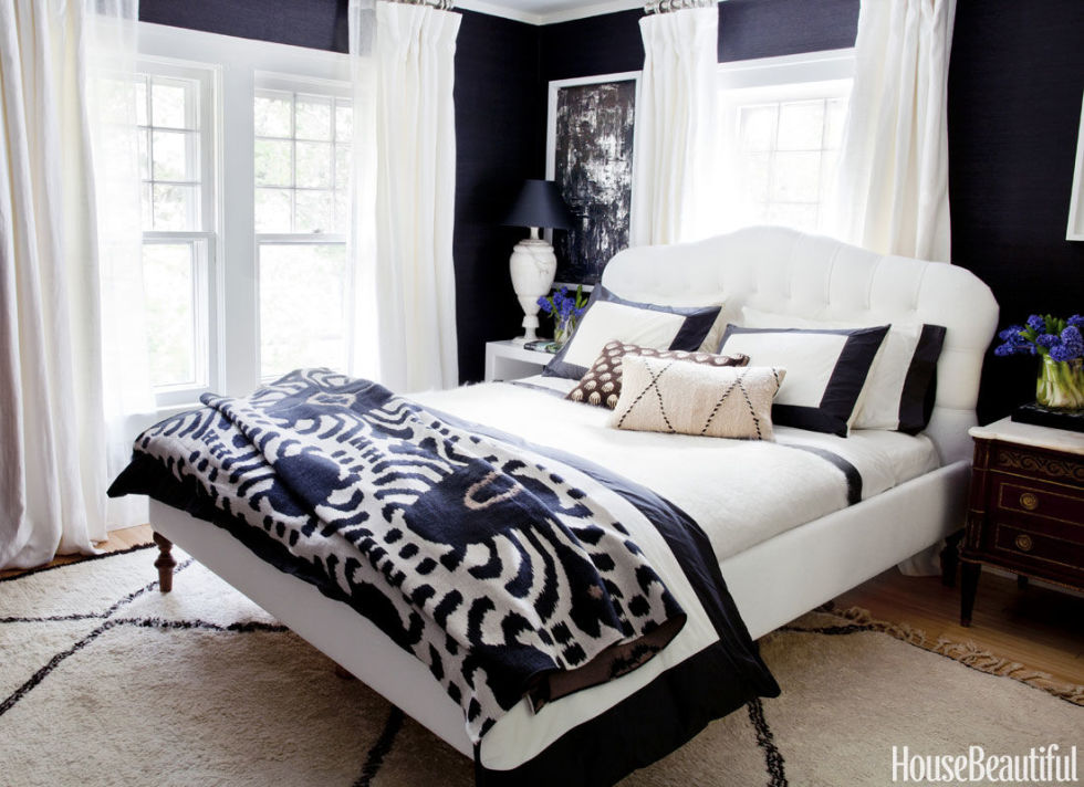 Would You Do Black and White in Bedroom? & Would You Do Black and White in Bedroom? | The Home Touches